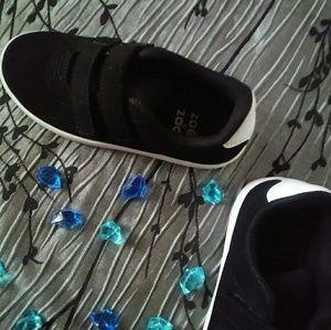 Zoe and Zac Boys shoes